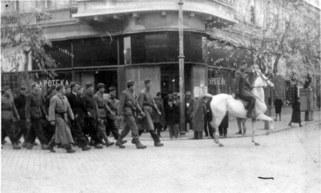 176 118 parada oktobra 1944 sman