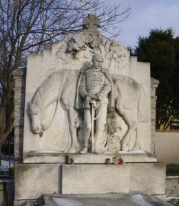 Spomenik madjarskom vojniku poginulom 1914 g -Bajsko groblje